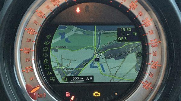 1406410756641_slide bei Donau Automobile in