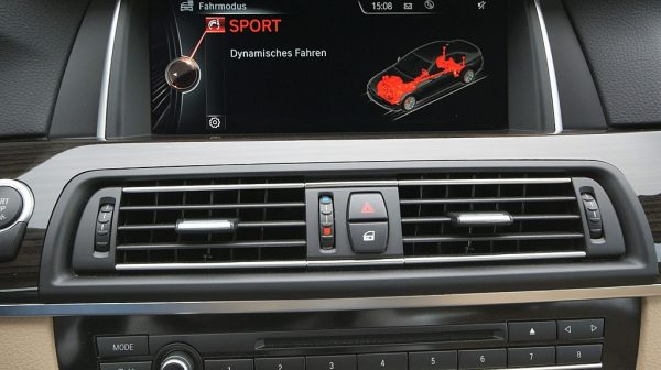 1406416609835_slide bei Donau Automobile in