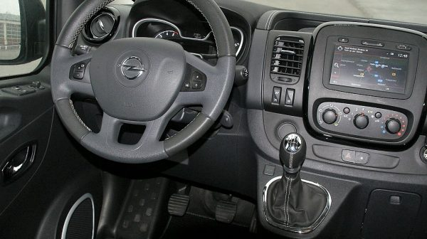 1406409153107_slide bei Donau Automobile in
