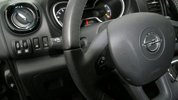 1406409153119_slide bei Donau Automobile in