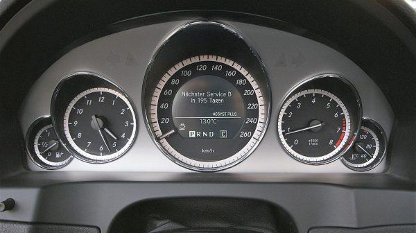 1406415497671_slide bei Donau Automobile in