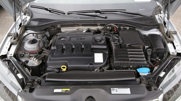 1406415949799_slide bei Donau Automobile in