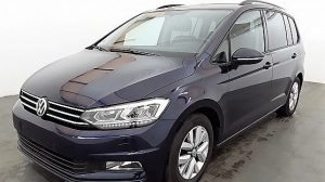VW Touran Comfortline 1,6 SCR TDI bei Donau Automobile in
