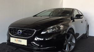 Volvo V40 D3 Kinetic Automatik * Navi * Xenon * bei Donau Automobile in