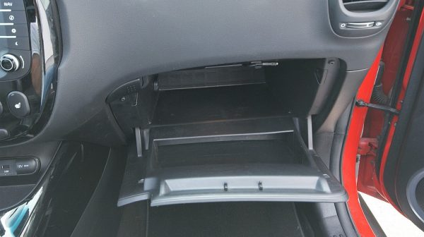 443142_1406426000481_slide bei Donau Automobile in