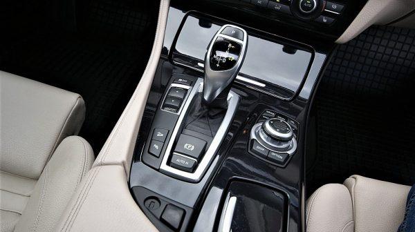 443575_1406430390343_slide bei Donau Automobile in