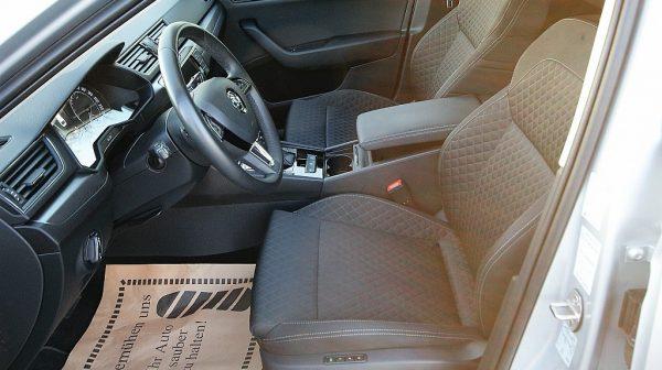 444730_1406415716995_slide bei Donau Automobile in