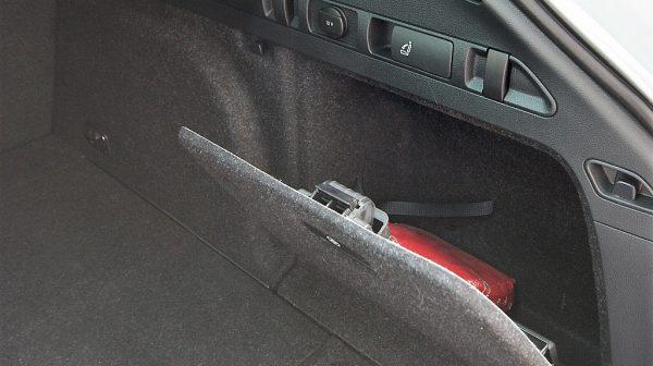 444730_1406415949789_slide bei Donau Automobile in