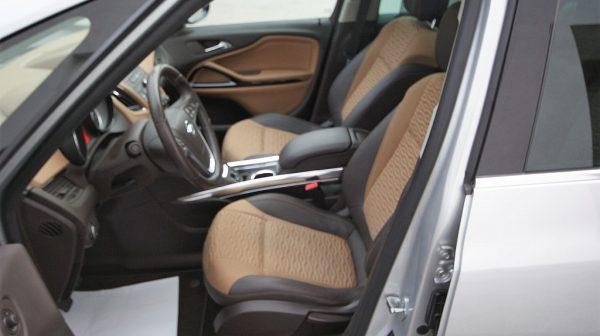 455798_1406437526005_slide bei Donau Automobile in