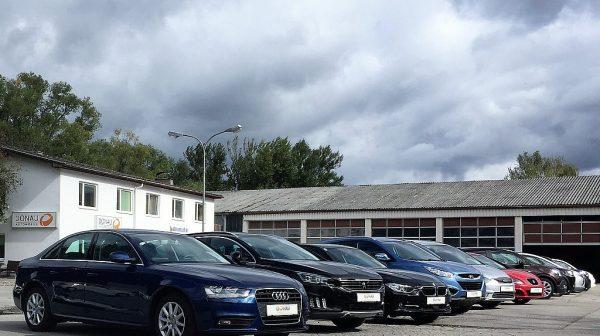 455798_1406437538339_slide bei Donau Automobile in