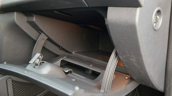 458831_1406446843119_slide bei Donau Automobile in
