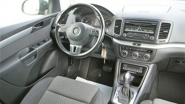 459805_1406442217585_slide bei Donau Automobile in
