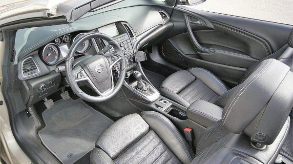 460392_1406445724147_slide bei Donau Automobile in