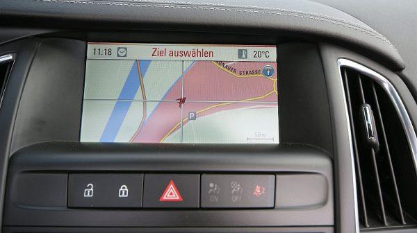 460392_1406445724251_slide bei Donau Automobile in