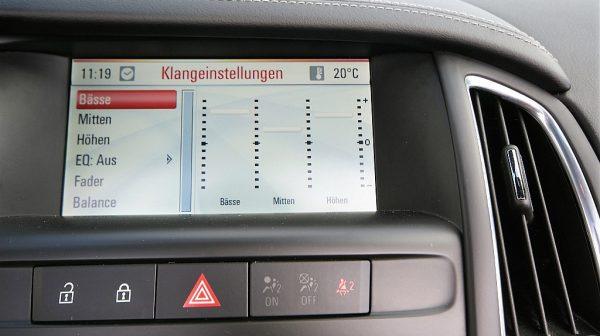 460392_1406445724293_slide bei Donau Automobile in