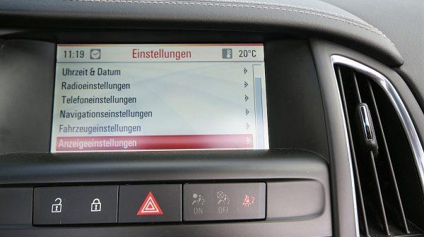 465778_1406445724277_slide bei Donau Automobile in