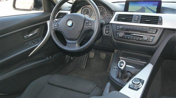 473335_1406463092861_slide bei Donau Automobile in