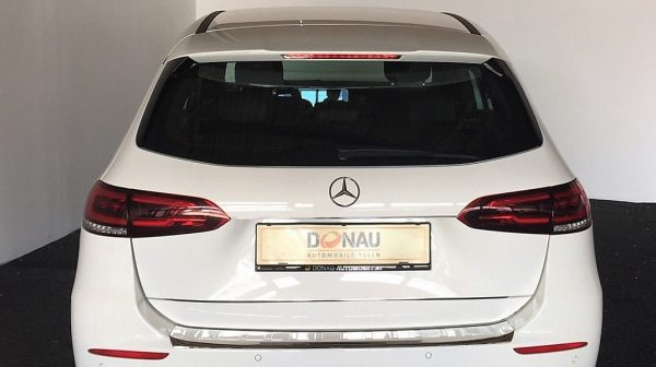 473916_1406462745331_slide bei Donau Automobile in