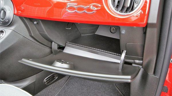478001_1406471907495_slide bei Donau Automobile in