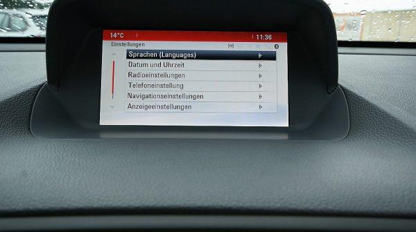 486098_1406473894347_slide bei Donau Automobile in