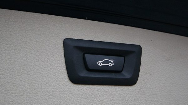 491877_1406485199499_slide bei Donau Automobile in