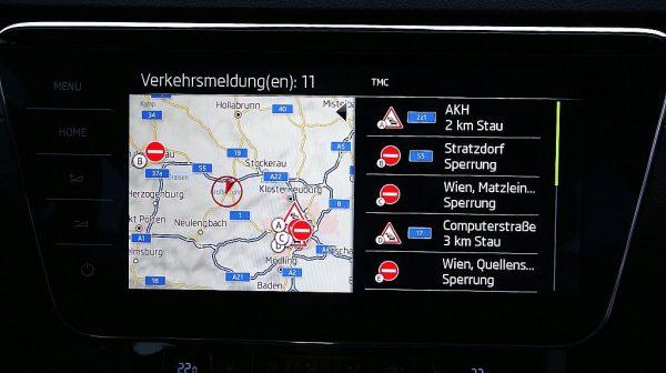 494714_1406476316405_slide bei Donau Automobile in