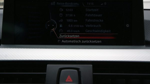 498666_1406492872504_slide bei Donau Automobile in