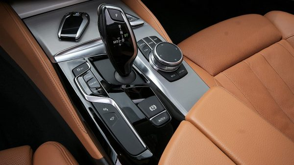 498733_1406494915375_slide bei Donau Automobile in