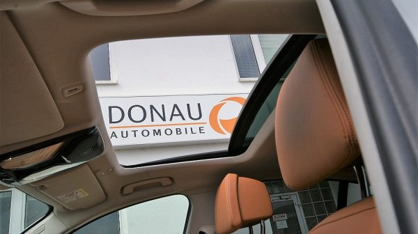 498733_1406494915431_slide bei Donau Automobile in