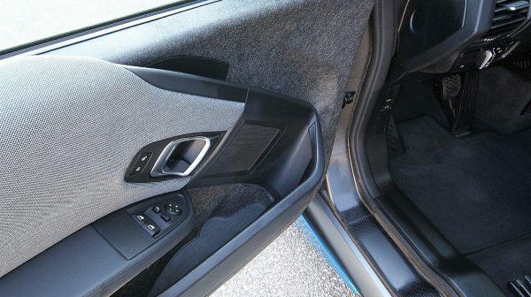 499167_1406467440845_slide bei Donau Automobile in