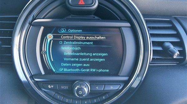500361_1406495833799_slide bei Donau Automobile in