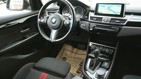 500703_1406490601654_slide bei Donau Automobile in