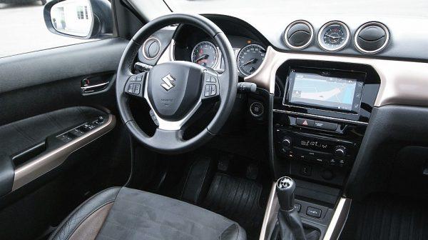 502969_1406476164525_slide bei Donau Automobile in