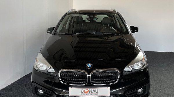 503236_1406498377160_slide bei Donau Automobile in