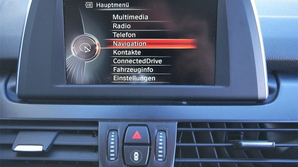 503236_1406498390447_slide bei Donau Automobile in