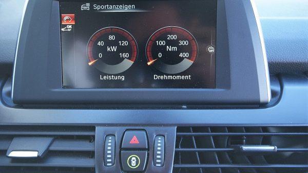 503236_1406498390449_slide bei Donau Automobile in