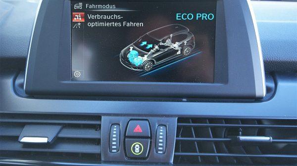 503236_1406498390450_slide bei Donau Automobile in