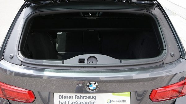 503949_1406498790982_slide bei Donau Automobile in