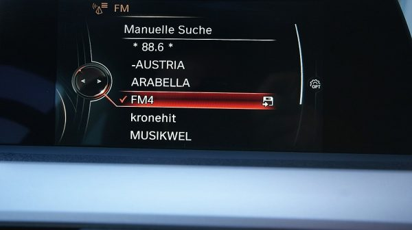504191_1406498874411_slide bei Donau Automobile in