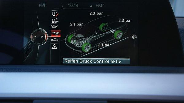 504191_1406498874429_slide bei Donau Automobile in
