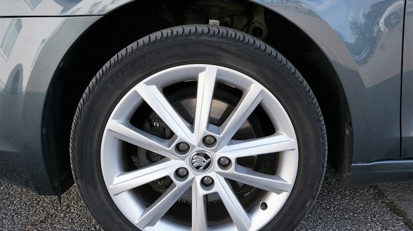 505344_1406499699225_slide bei Donau Automobile in