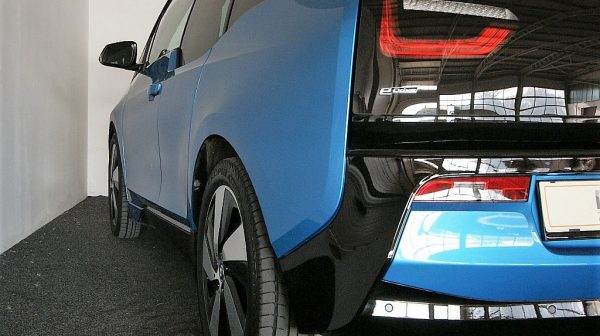 510349_1406467889927_slide bei Donau Automobile in