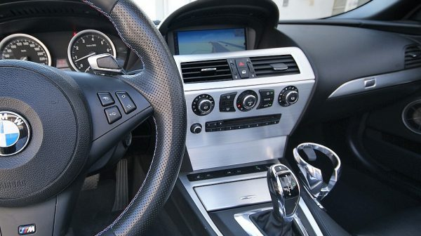 510766_1406467430453_slide bei Donau Automobile in