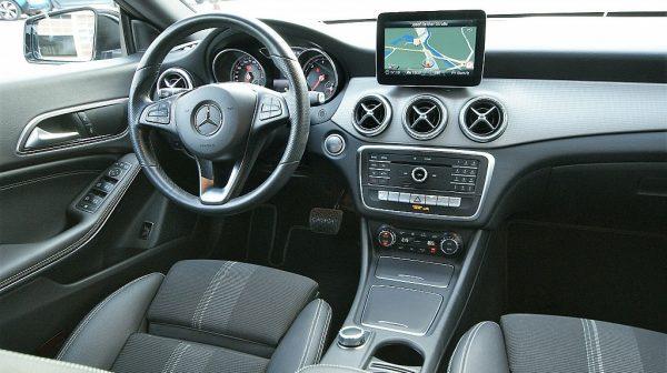 515690_1406507743375_slide bei Donau Automobile in