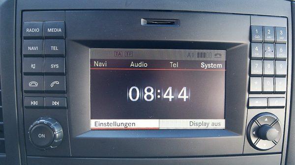 516119_1406506656173_slide bei Donau Automobile in