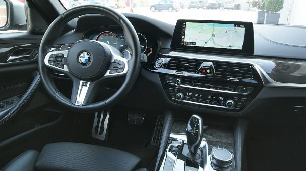 516379_1406503353640_slide bei Donau Automobile in