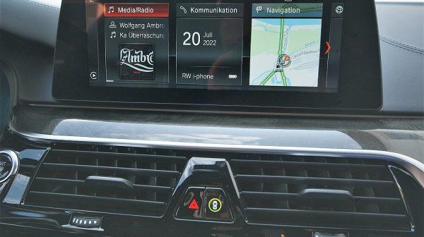 516379_1406503353642_slide bei Donau Automobile in