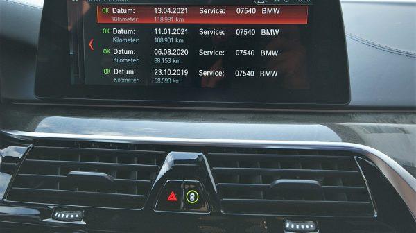 516379_1406503353644_slide bei Donau Automobile in