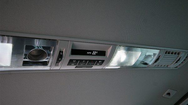 516771_1406506100309_slide bei Donau Automobile in