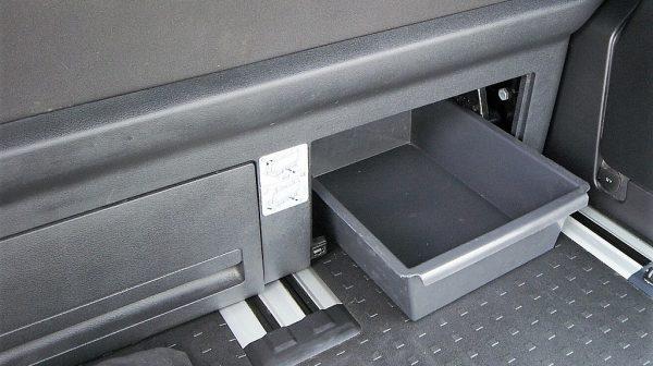 516771_1406506100312_slide bei Donau Automobile in